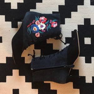 Tory Burch Cassidy boot